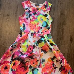 Dresses & Skirts - Bright multicolored floral dress